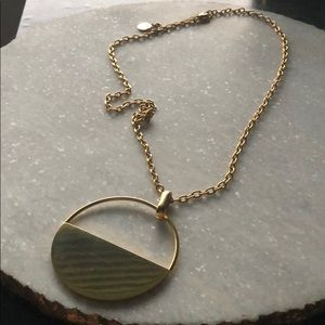 Jewelry - Large Gold Circle Pendant Necklace
